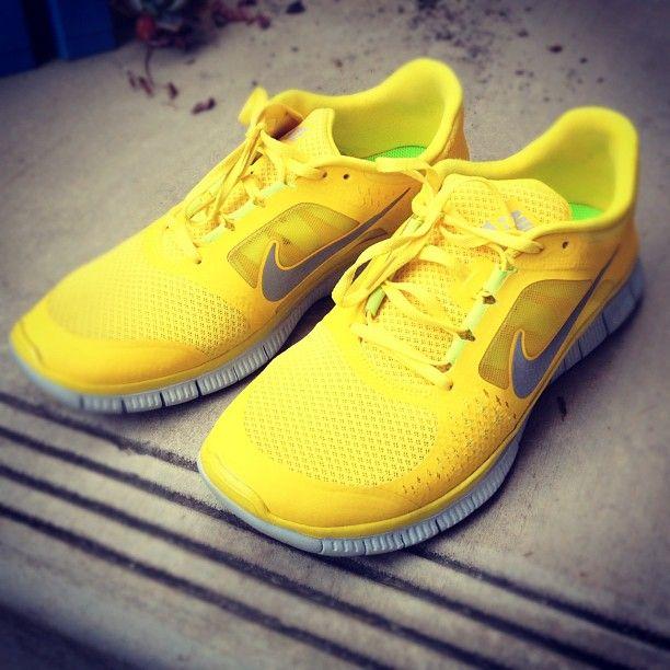 Yellow nikes, New nike shoes