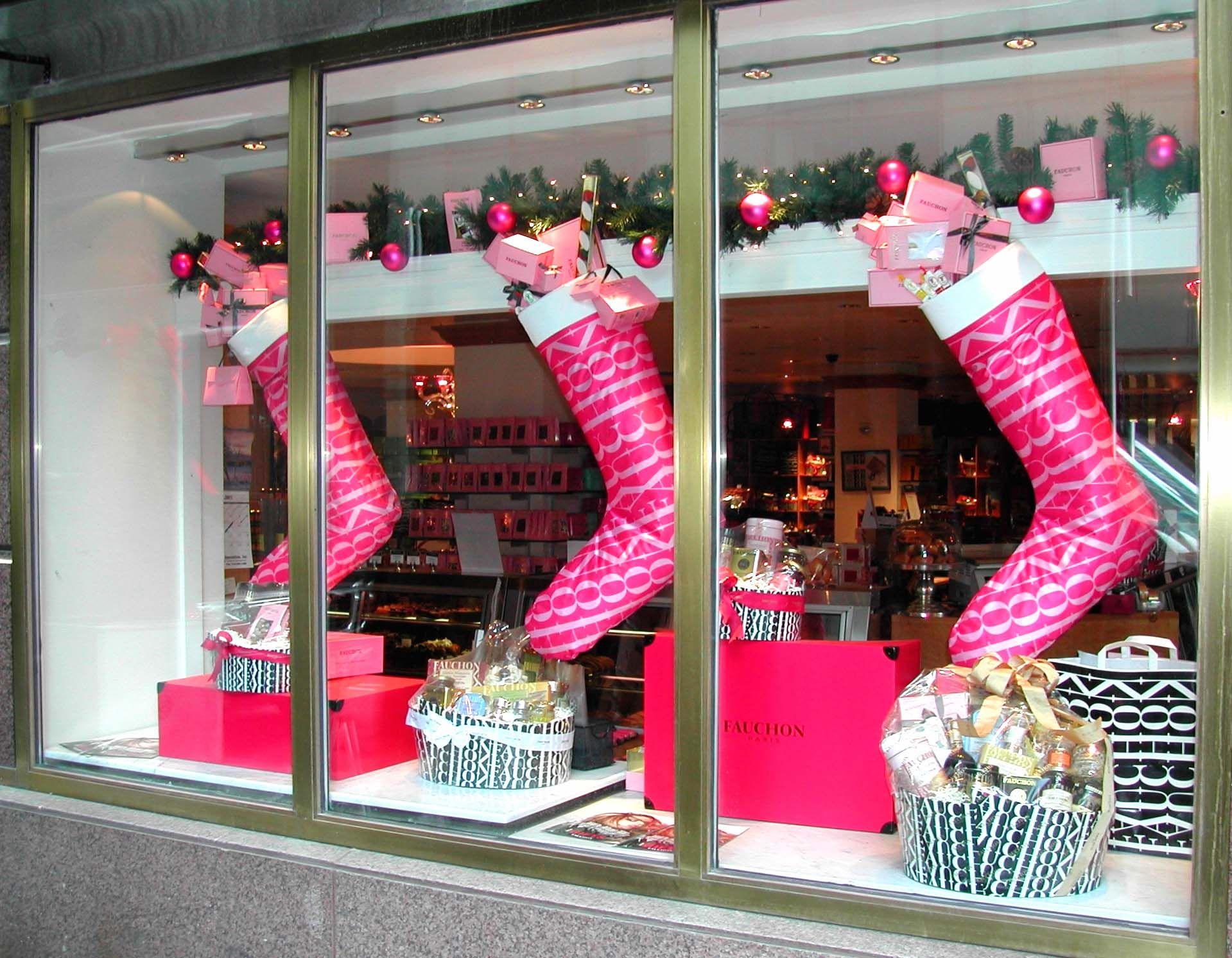 Fauchon | Christmas Window Display Use entire window ...