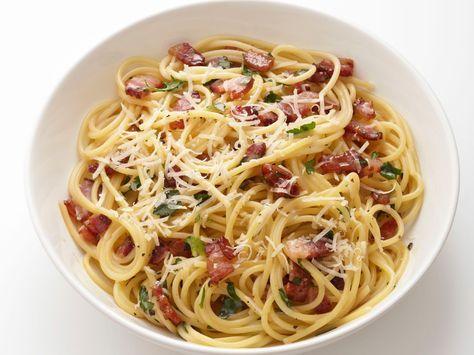 Resep Cara Membuat Masakan Spaghetti Carbonara Dengan Saus Enak Berikut Mudah Food Network Resep Pasta Makan Malam