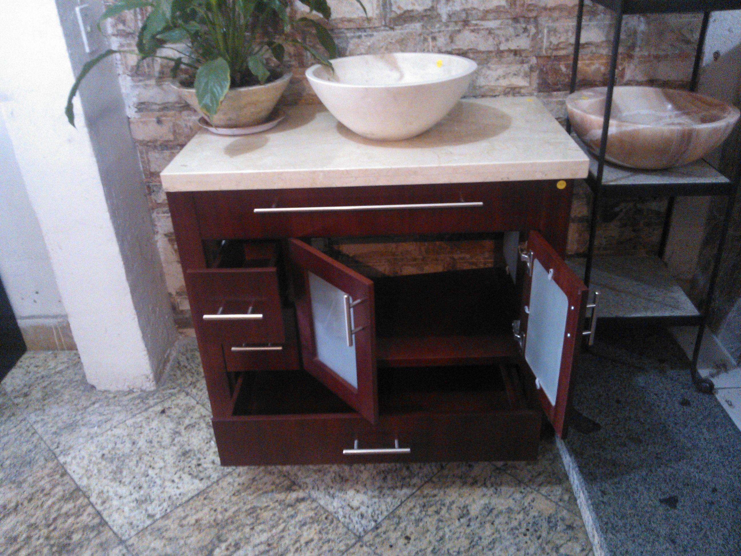 Mueble fabricado en caobilla con plancha de marmol for Planchas para forrar banos