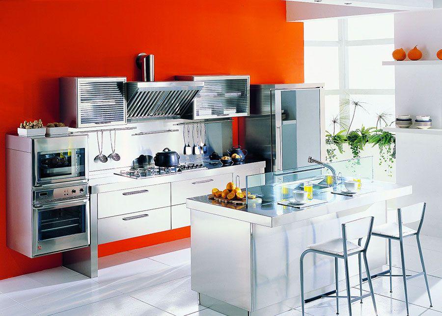 20 Cucine In Acciaio Dal Design Moderno Con Un Tocco Industriale Mondodesign It Design Cucine Decorazione Cucina Cucina In Acciaio Inox