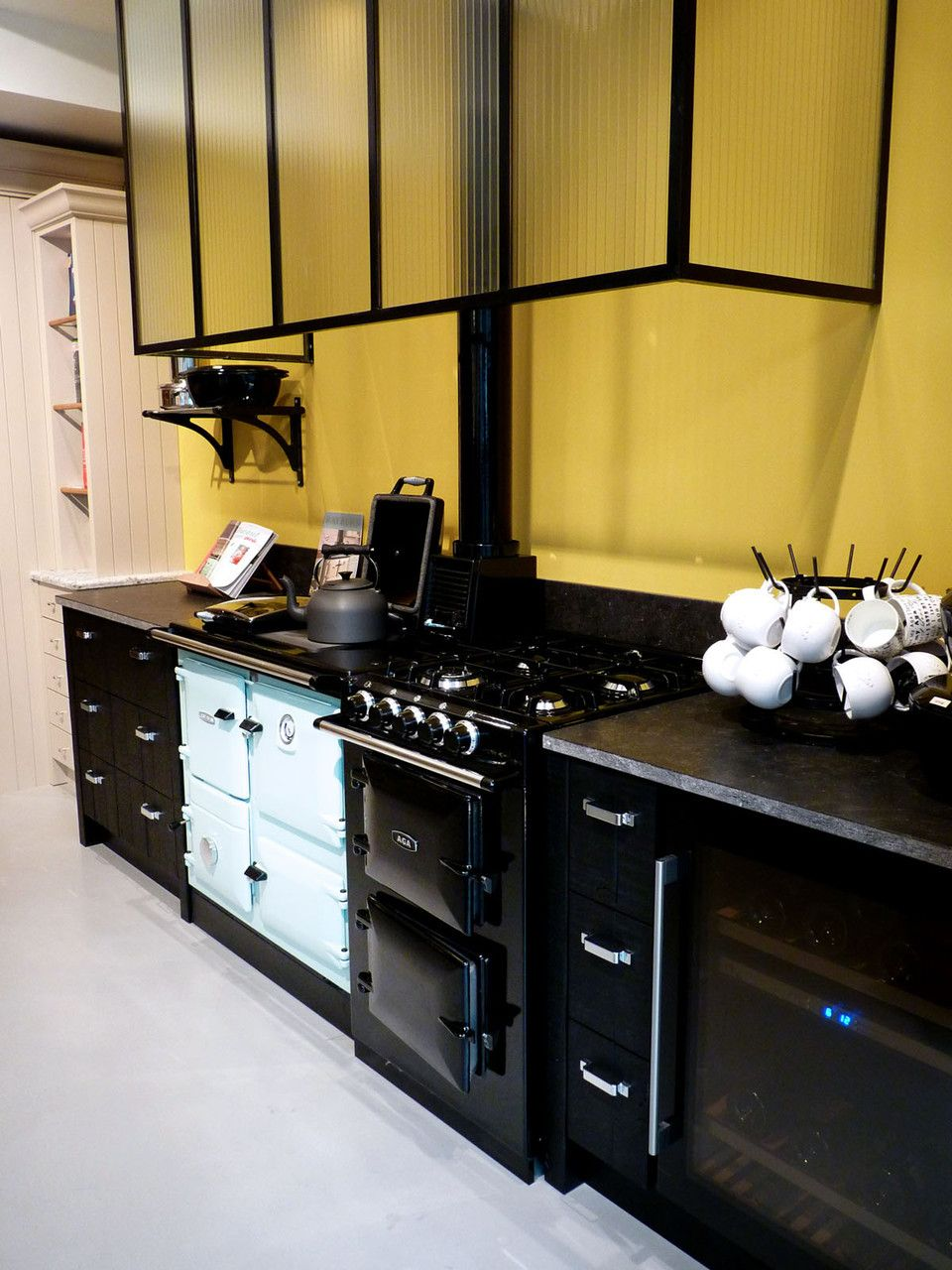 ateliers malegol 230 rue st malo rennes aga rayburn. Black Bedroom Furniture Sets. Home Design Ideas