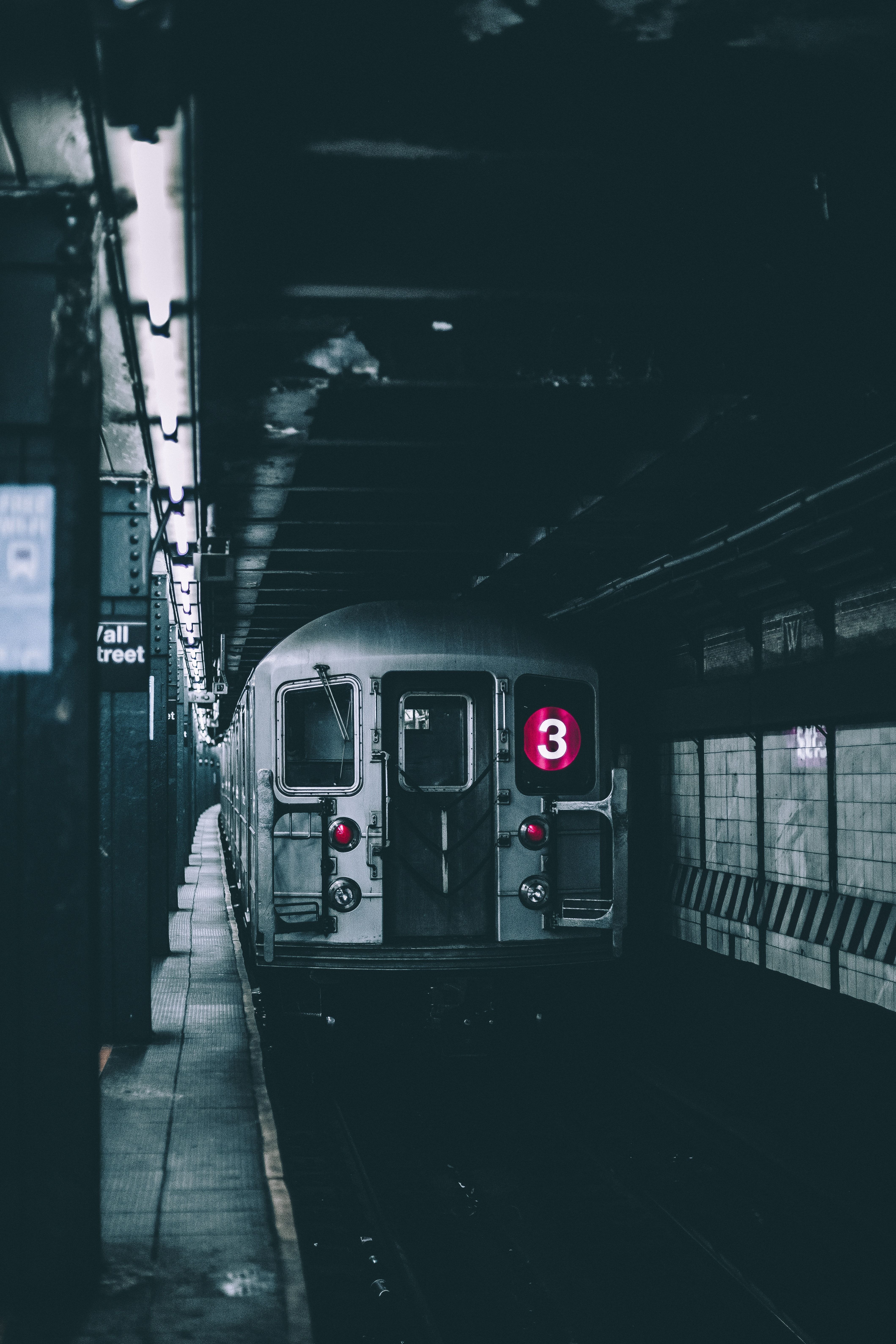 Best Nyc Subway And Transportation Apps Used By A Local Vaporwave Wallpaper Iphone Wallpaper Train Wallpaper