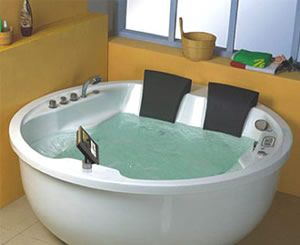 Jetted Bathtubs | Figure 2   Two Person Whirlpool Bathtub