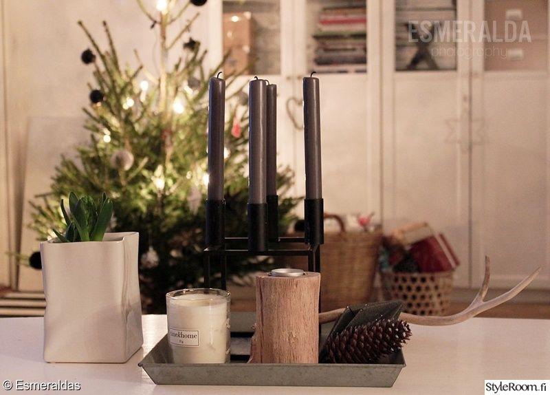 kynttilä,asetelma,joulu,joulukuusi,jouluinen