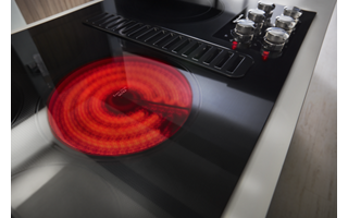 Black 30 Electric Downdraft Cooktop With 4 Elements Kced600gbl Kitchenaid In 2020 Downdraft Cooktop Cooktop Kitchen Aid