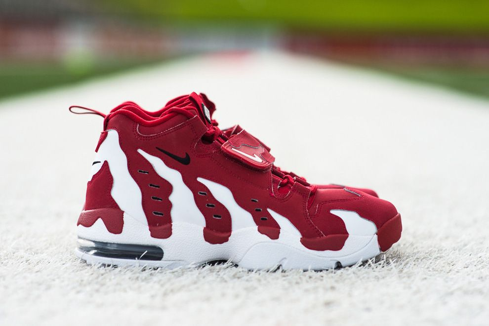 "purchase cheap bbd7a 2fee7 Nike Air Diamond Turf Max 96 ""Varsity Red"" (Detailed Photos)"