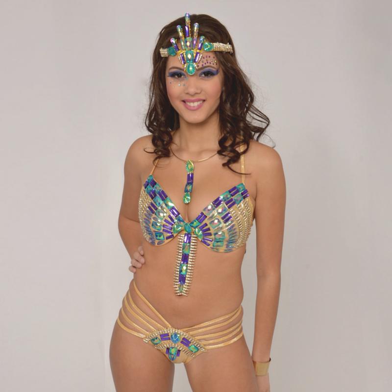 We love this costume by @tribalcarnival. Play mas with #TribalCarnival and we'll see you on di road! #carnival2016 #caribana2016 #soca #carnival #bacchanal #socaordie #teamsoca #caribbean #jamaica #trini #grenada #vinci #partydone #wefete #torontocarnival #ondiroad #roadmarch #frontline #backline #cropover