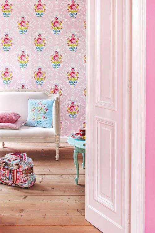 Pip Studio | styling - living room - pink  wallpaper - cushions
