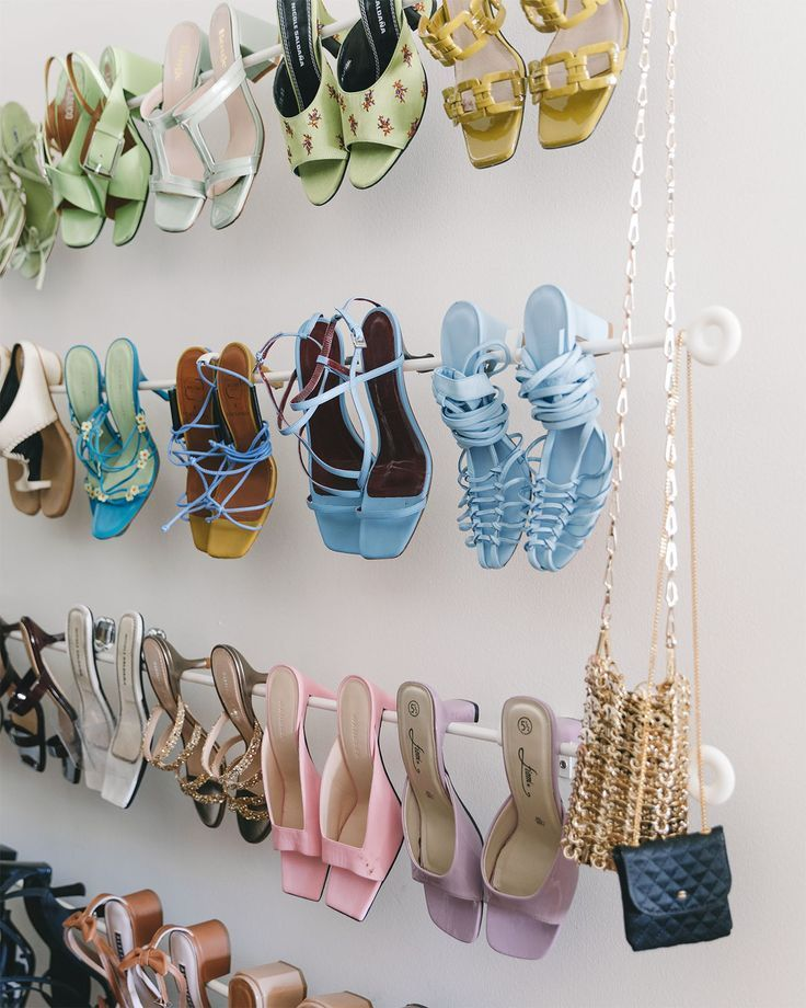 In Alyssa Coscarellis Apartment, the Closet Looks Like a Store #Coscarellis #Closet #Looks