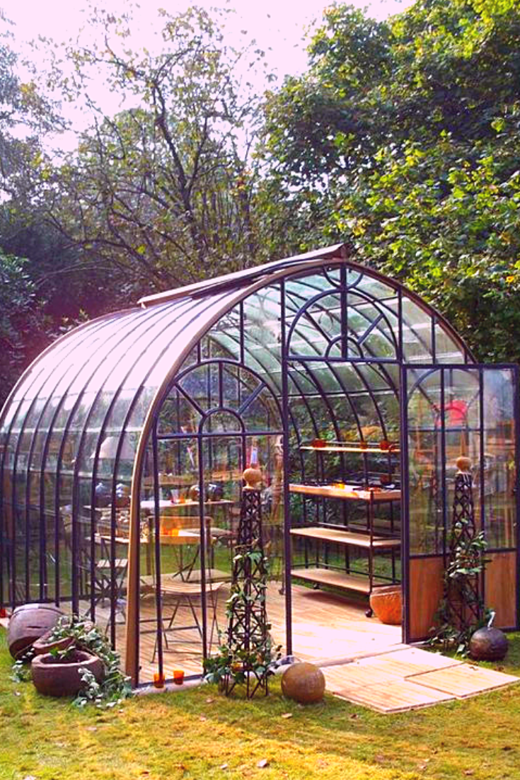 How to Build a Hoop Greenhouse | Backyard greenhouse ...