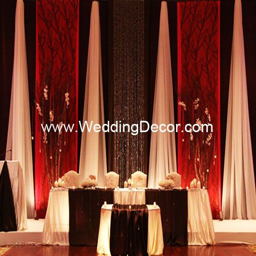 Here S Another Idea Long Vertical Strips Of Fabric Very Elegant I D Wedding