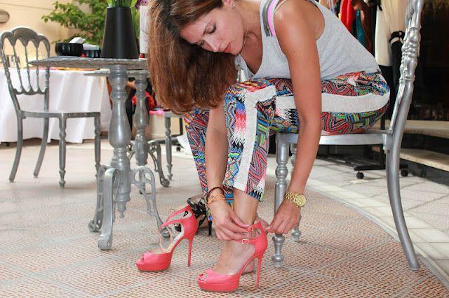 Coral platform shoes