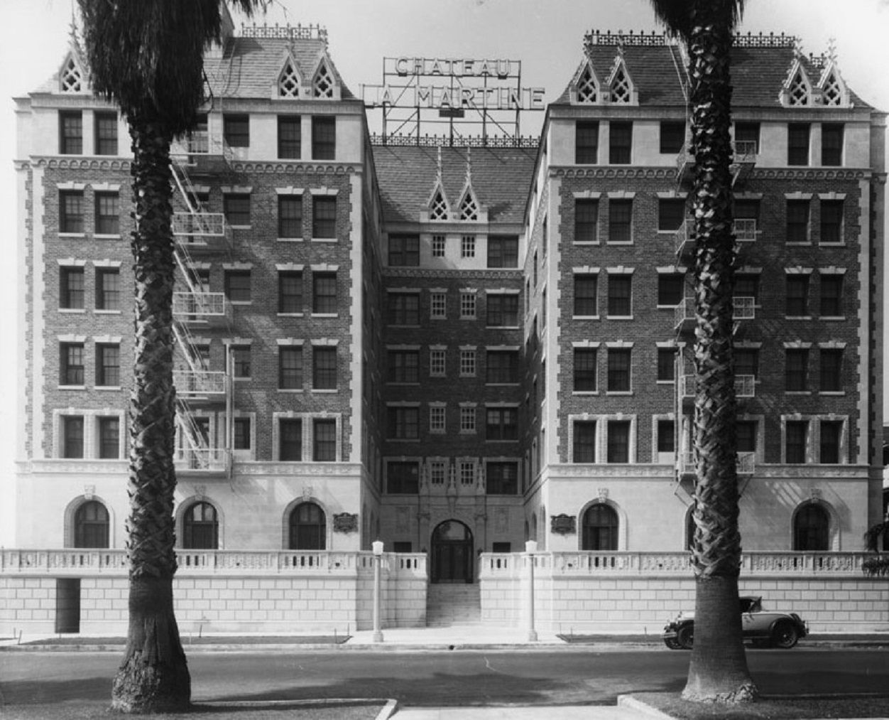 Noirish Los Angeles Page 356 Los Angeles French Style Architecture Vintage Los Angeles