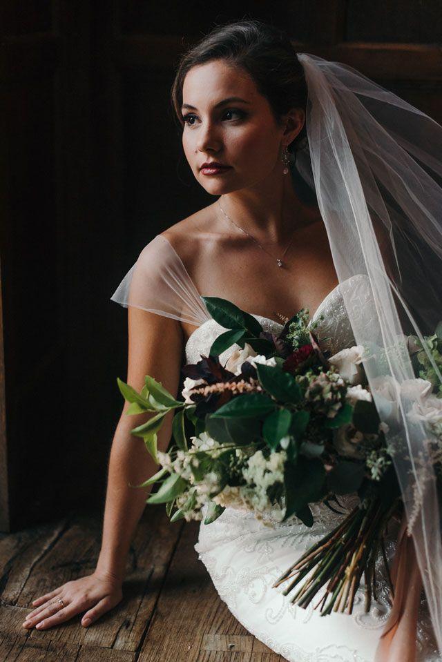 Fine Art Bridal Portraits at the Virginia House | Artfully Wed Wedding Blog