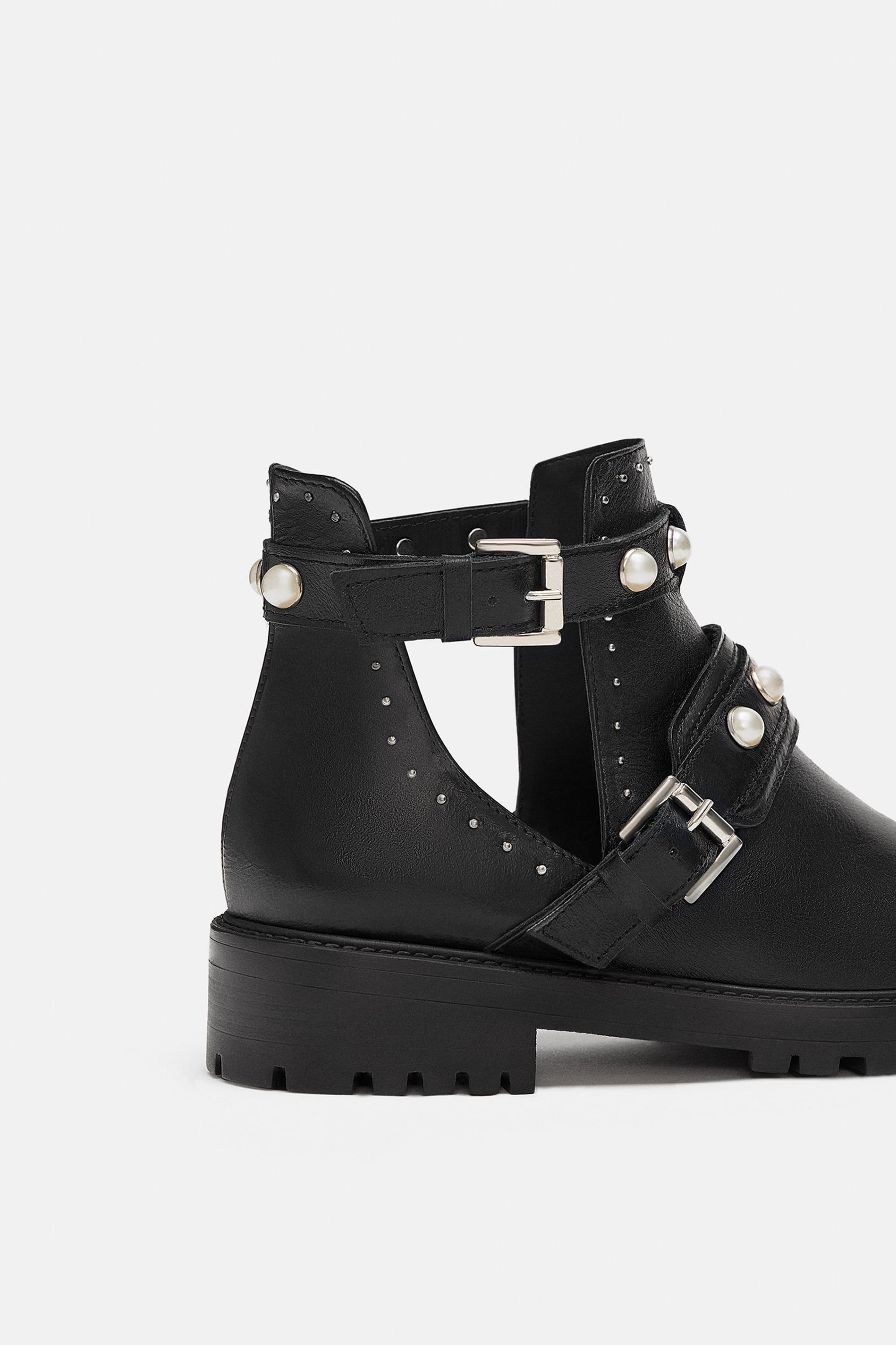 c5e319f21e10d Flat leather ankle boots with faux pearls in 2019 | December | Flat ...