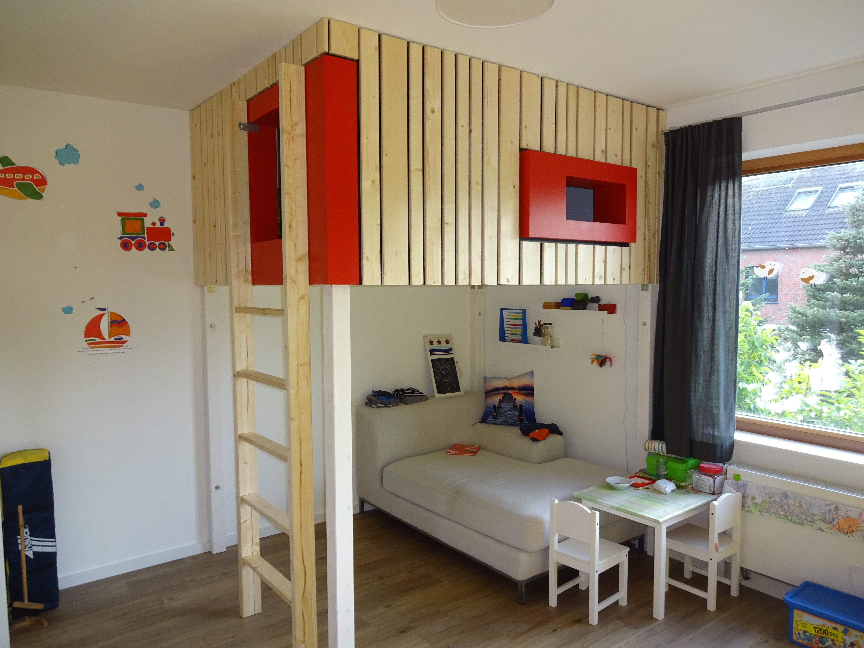 hochbett #refugium #kind #kinderzimmer #bett #höhle | furniture in