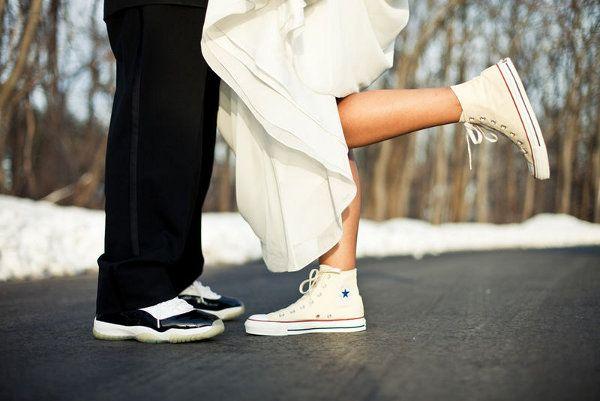 des mari s en baskets 20 belles images basket bride mari e en baskets pinterest belle. Black Bedroom Furniture Sets. Home Design Ideas