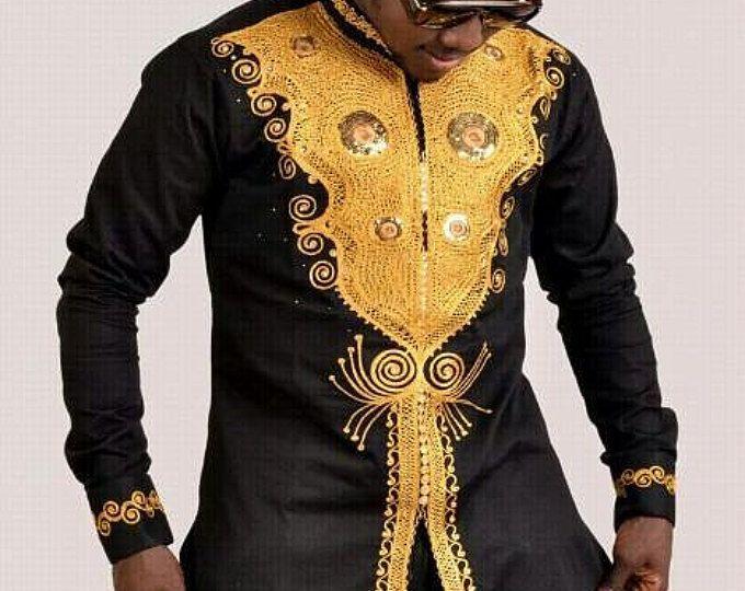 portent des hommes africains tenue des hommes africains chemise africaine african clothing. Black Bedroom Furniture Sets. Home Design Ideas