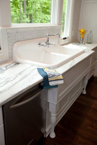 Vintage Cast Iron Sink | Antique Kitchen Sink 1920u0027s Enameled Cast Iron Sink  ...I Have Access To A Sink Like This, So This Would Look Really Good!