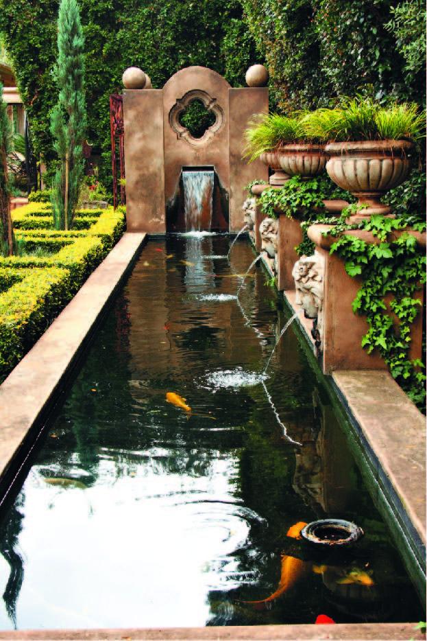 Pool with carp Iciar Pinterest Estanques, Fuentes y estanque