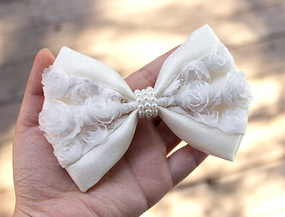 could be cute for flower girls 5 white ivory hair bow wedding hair bow wedding by twinklemingle