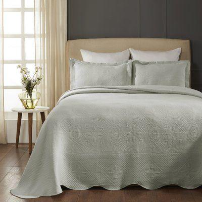 August Grove Orben Celtic Circle Scalloped Coverlet Set Size King Bedspread 2 Shams Colour Platinum In 2020 Bed Spreads Celtic Circle Comforter Sets