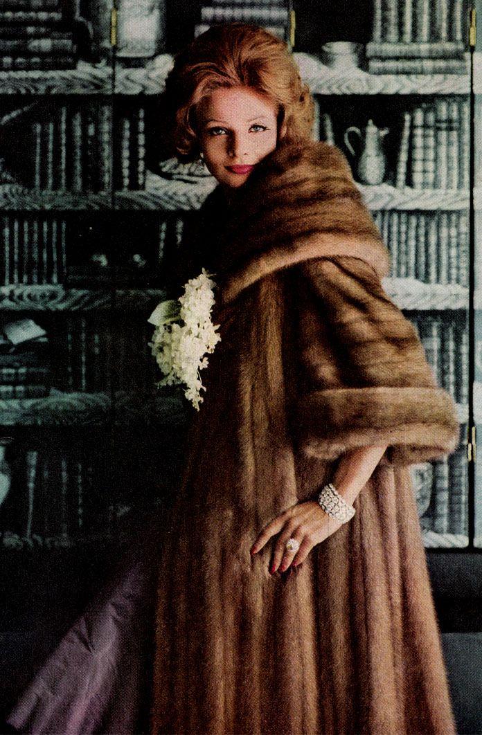 Mink Coat And Diamonds 1959 In 2019 Coat Fur Fashion