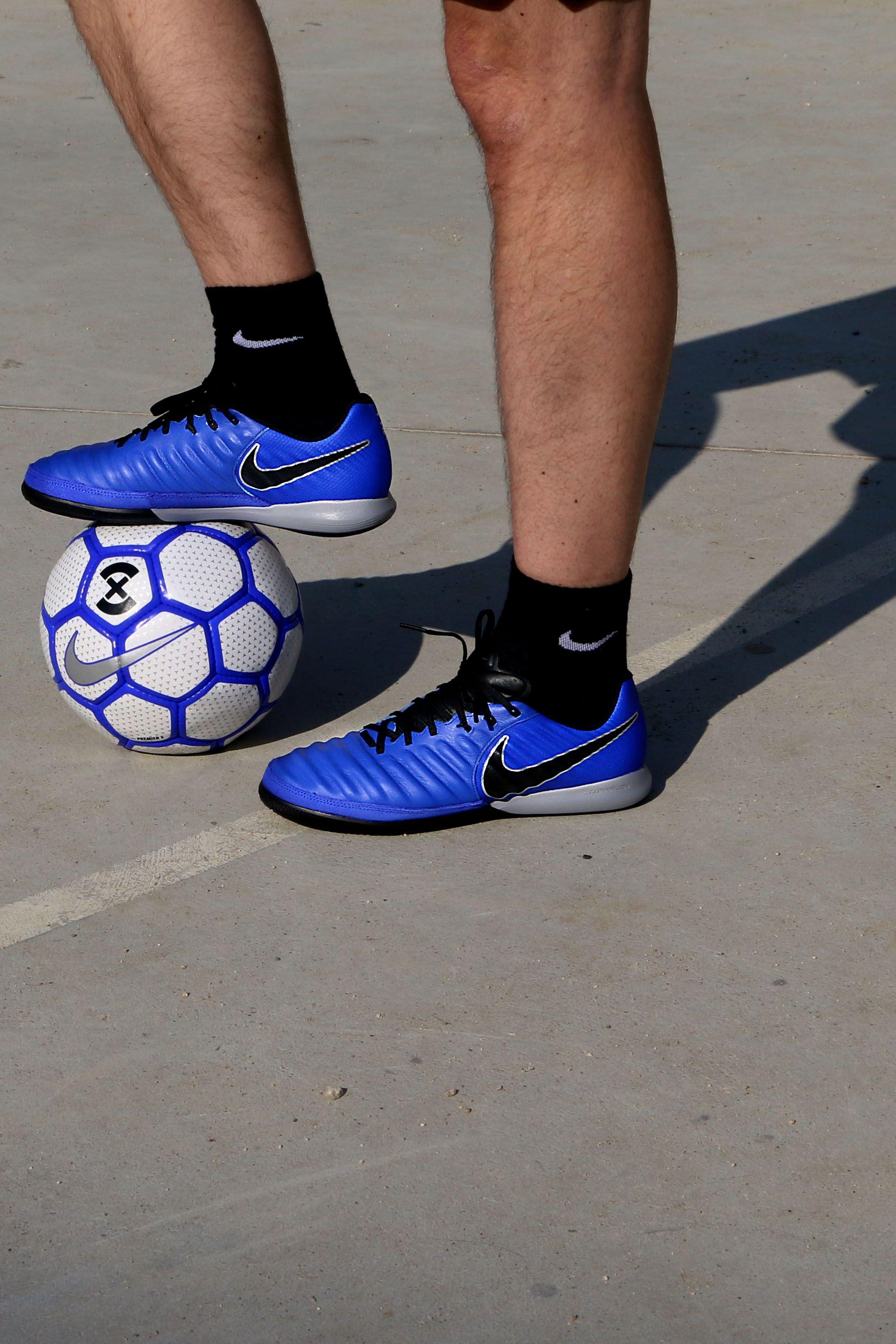 Nike TiempoX Lunar Legend VII Pro IC Zapatillas de fútbol sala de piel Nike  FootballX con suela lisa IC - azules Colección Always Forward de  nike 98e92c9d8f6aa