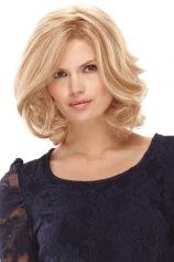 Carrie Wig --   LOVE THE BLONDE HIGHLIGHTS!  http://www.whbmi.com/