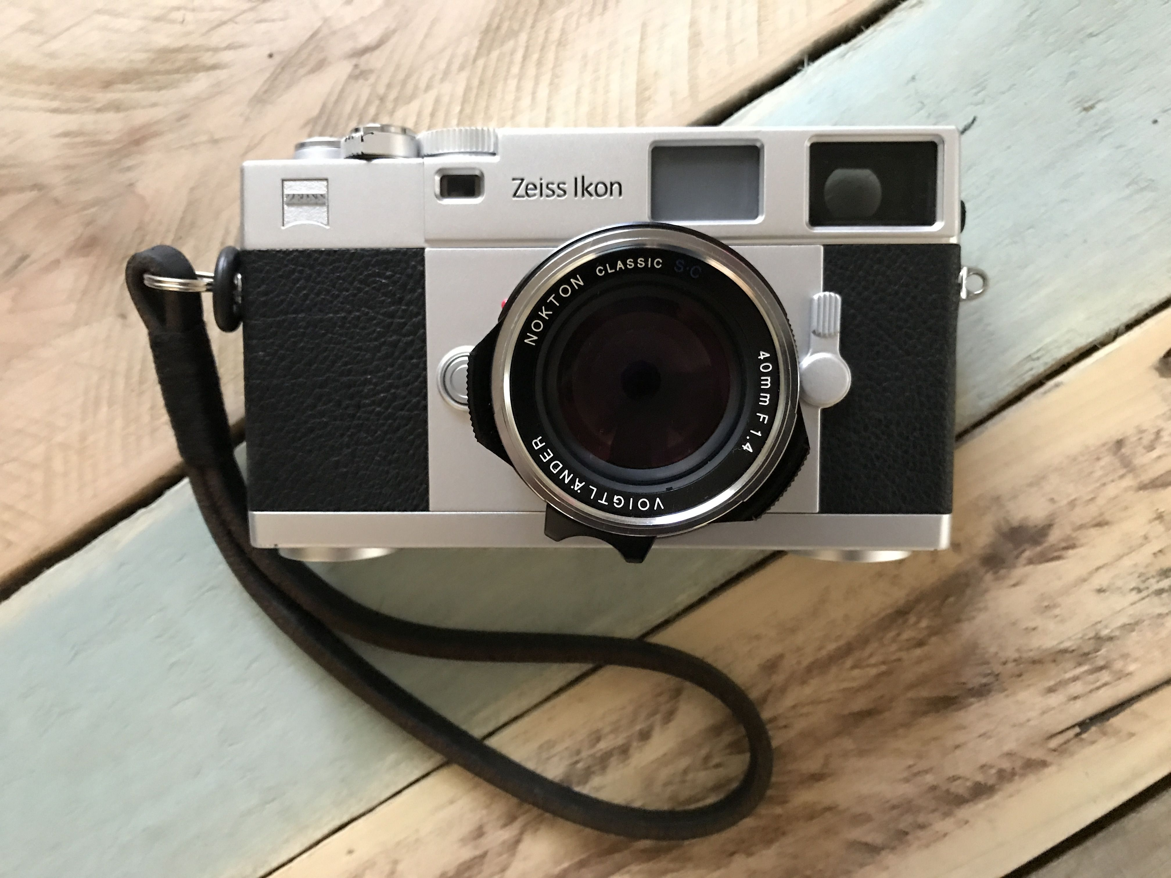 Zeiss Ikon ZM yes, it's true   it is much better than a #Leica #M6