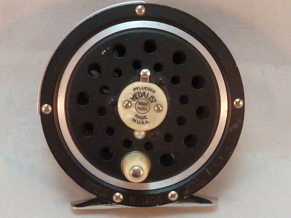 Vintage pflueger medalist 1494 fly fishing reel made in usa for Fishing reels made in usa