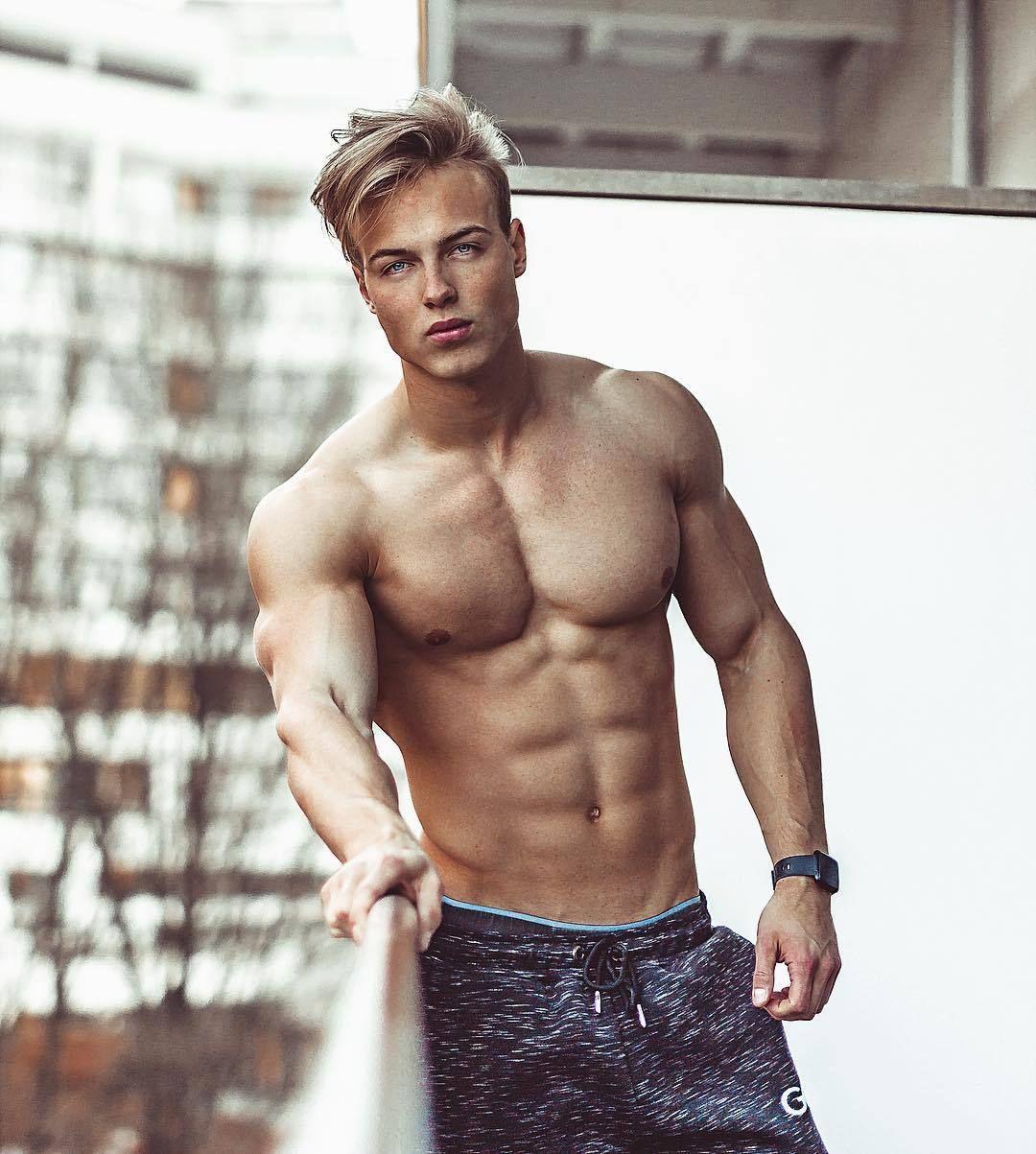 Professional Male Models Hagen Richter Who Is Ready For Summer Body Vorstellen Instagram