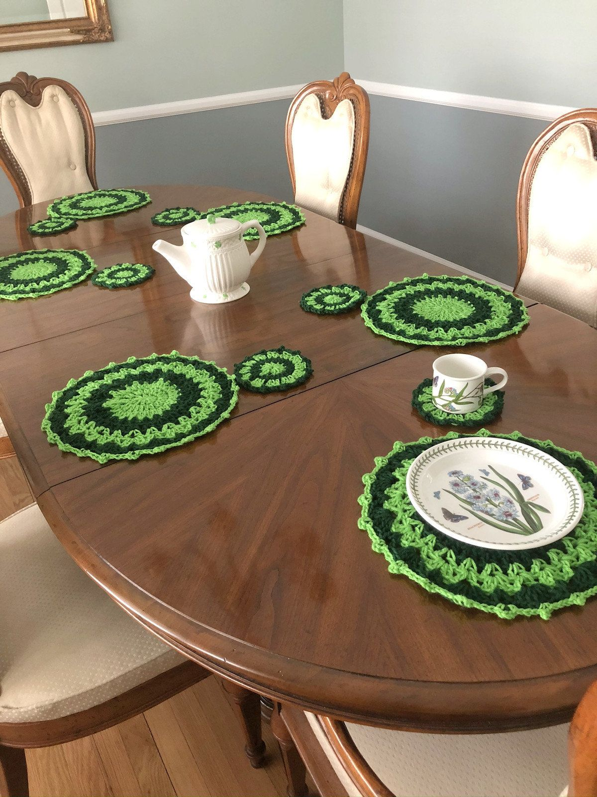 St Patrick S Day Placemat And Coaster Set Spring Table Etsy Spring Table Settings Spring Table Decor Spring Table