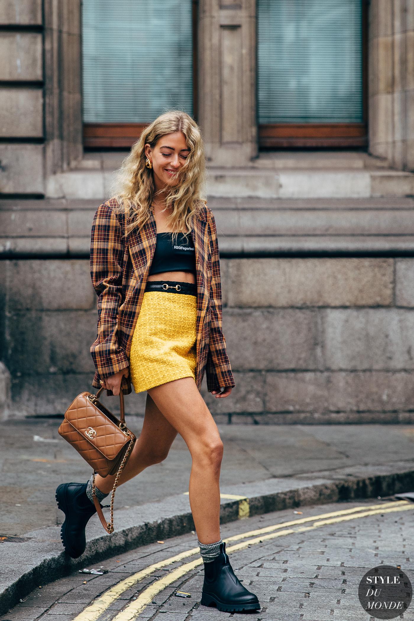 London FW 2019 Street Style: Emili Sindlev | Mode, Outfit