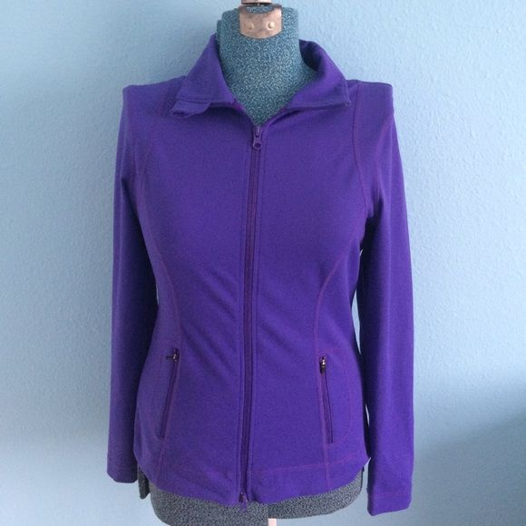 Final price EUC comfy purple workout jacket. Perfect fitting and super flattering. Zella Jackets & Coats Utility Jackets