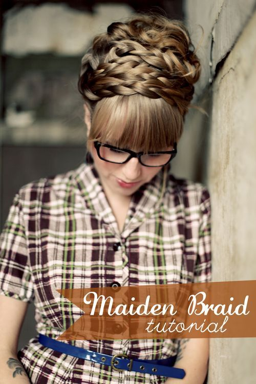 maiden braids. i wish this style worked on me, but for being so thick on top my hair is way too thin on the side.