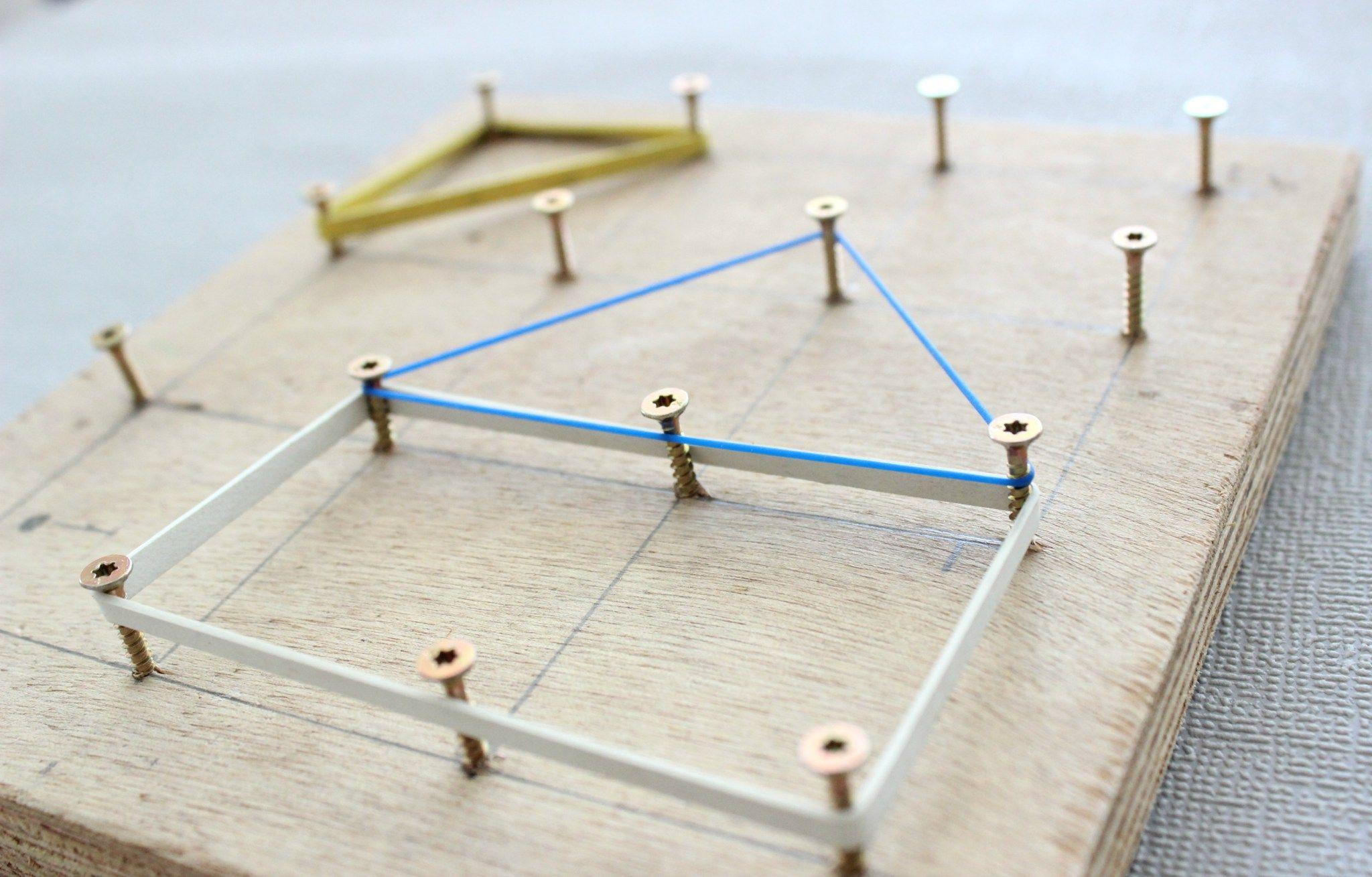 diy werken mit kindern geometriebrett diy f r kinder spielideen pinterest werken. Black Bedroom Furniture Sets. Home Design Ideas