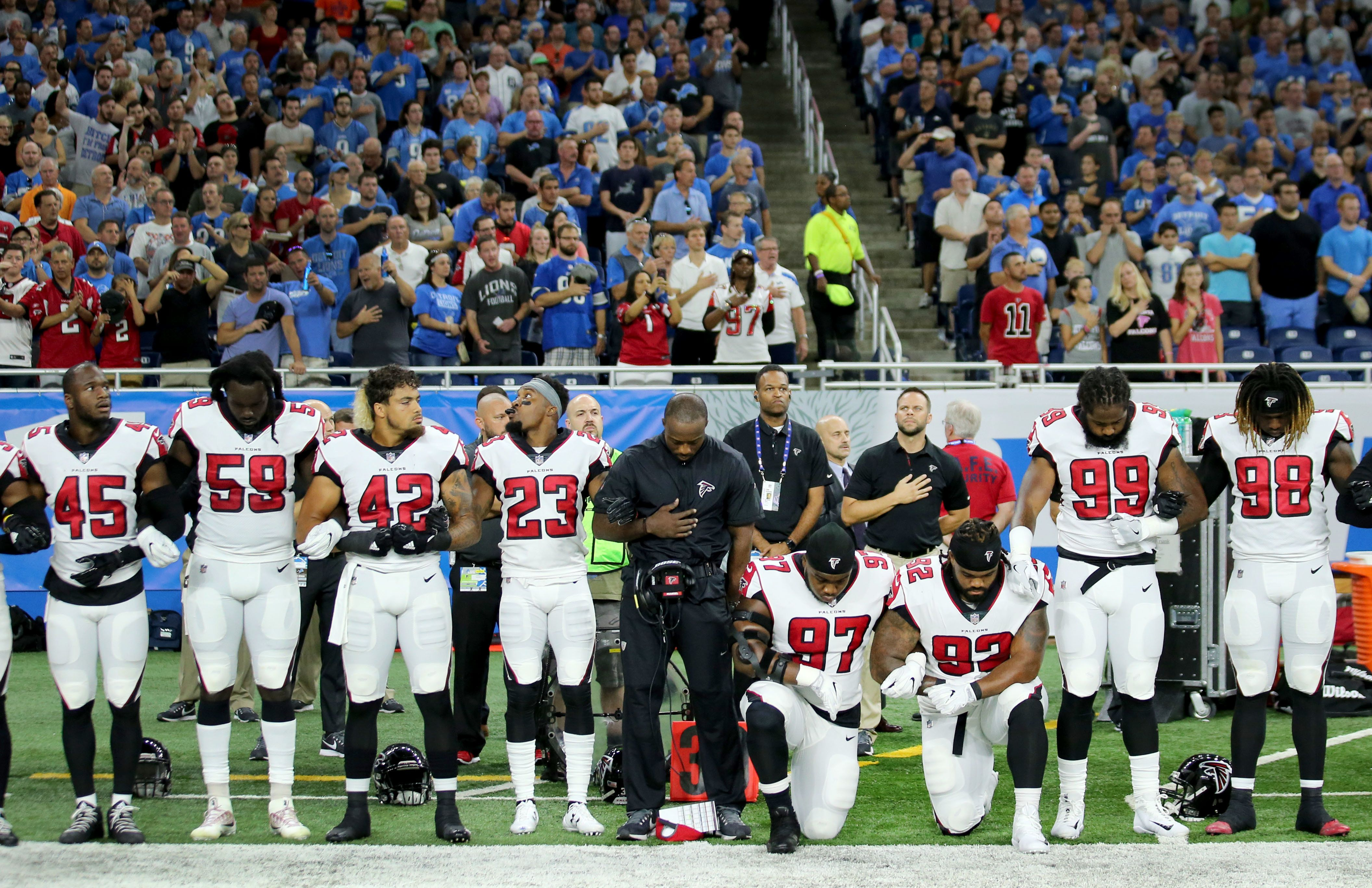 Takeaknee Celebs And Nfl Stars React To Trump S Latest Criticism Of National Anthem Protests Takeknee