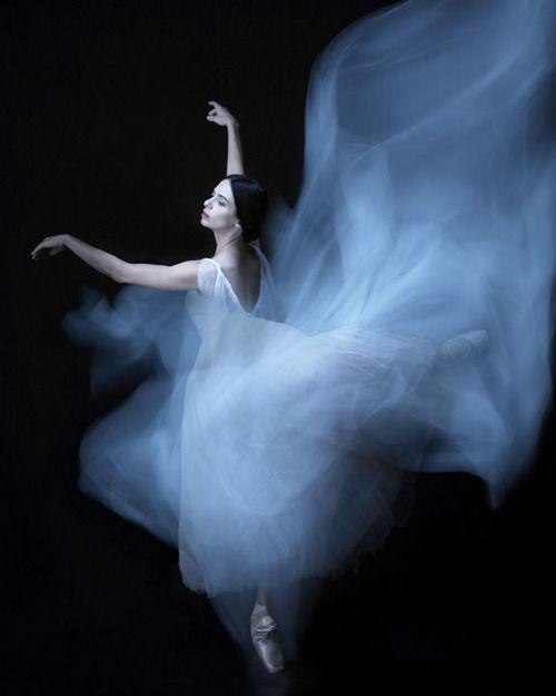 one of my favorite shots of Alessandra Ferri