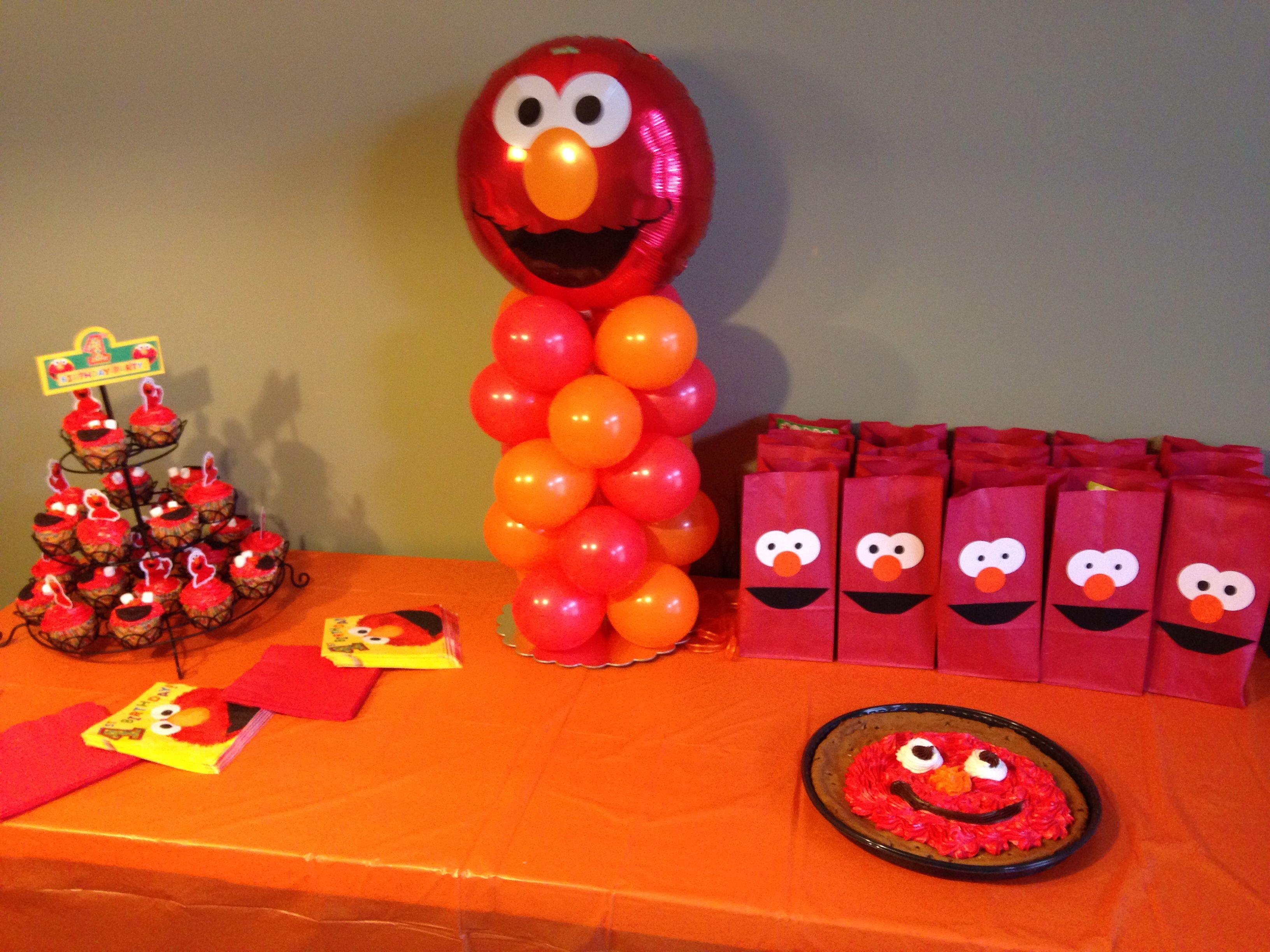 Elmo birthday party bags diy goodie centerpiece