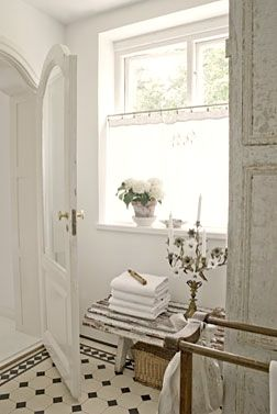 Vintage chic: Inspirasjon: Nina Hartmanns bad/ bathroom