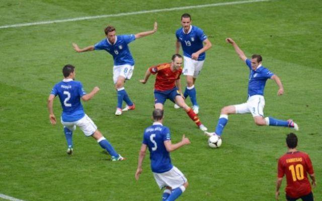 Italia contro la Spagna nel girone di qualificazione al Mondiale Azzurri inseriti nel gruppo g con Spagna, Albania, Macedonia, Israele e Liechtenstein. Evitato il pericolo tedesco, per la Nazionale di Conte ci saranno gli ex campioni del Mondo allenati da Vicente  #italia #spagna #mondiali #russia2018