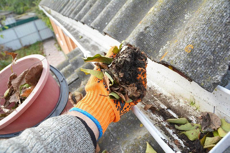 Gutter Cleaning Madison Cleaning Gutters Gutters Gutter