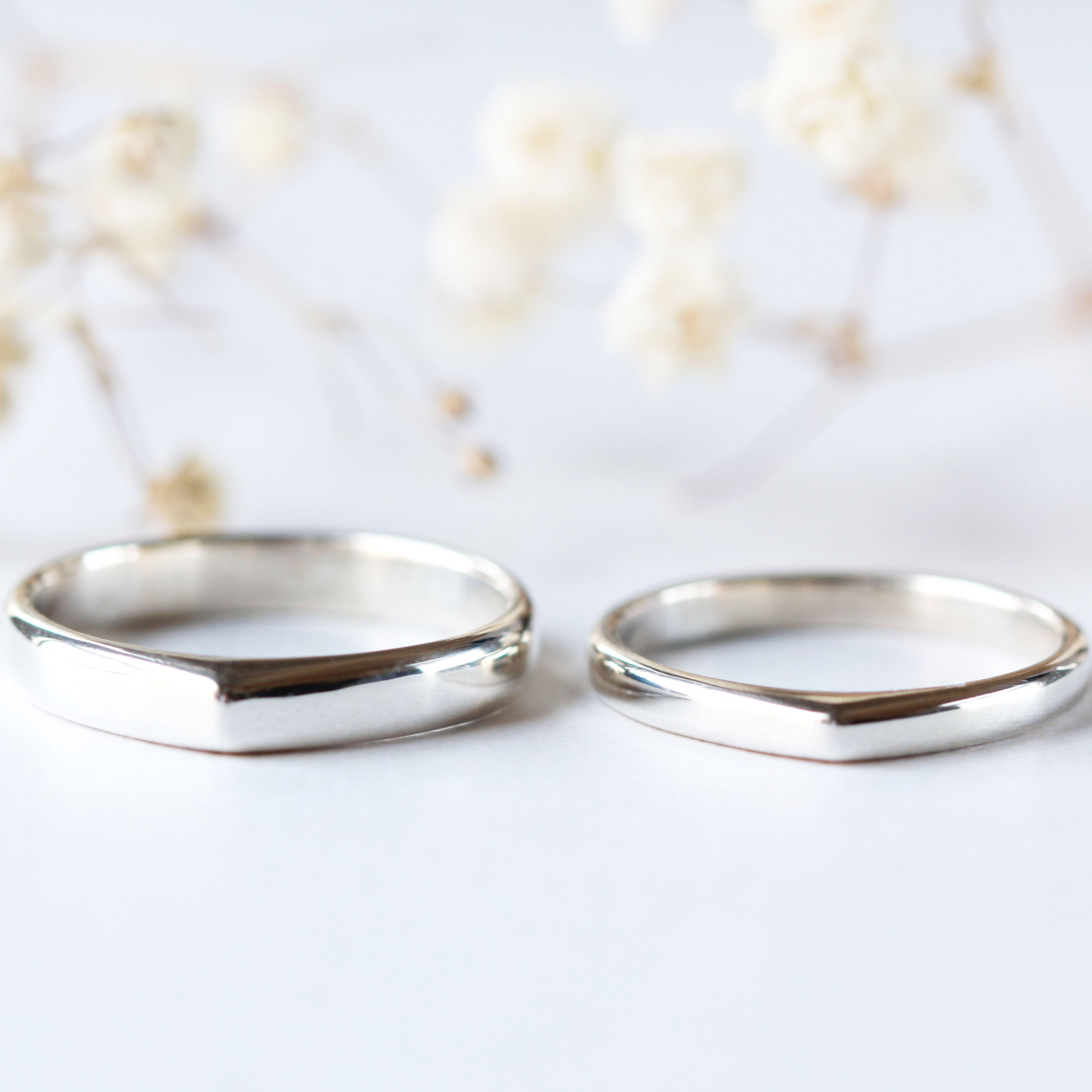 Simple Wedding Band Modern Minimalist Wedding Band 14k Gold Etsy Silver Wedding Bands Modern Minimalist Wedding Simple Wedding Bands