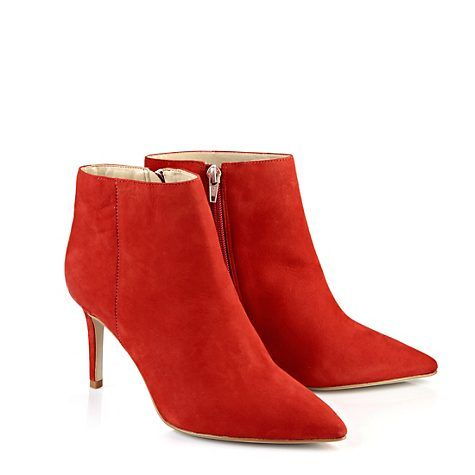 fd48ee7c1c49 Buffalo Ankle Boots in rot   wanna have   Pinterest   Ankle boots ...