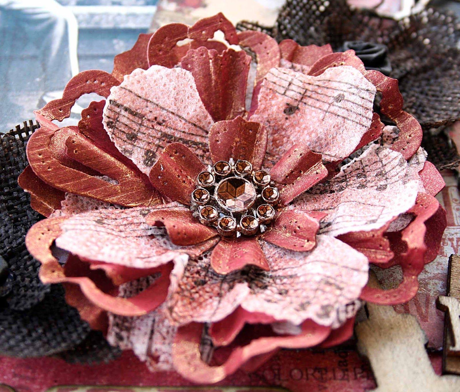 Cardstock and woven paper flower tutorial. #paperflowertutorial