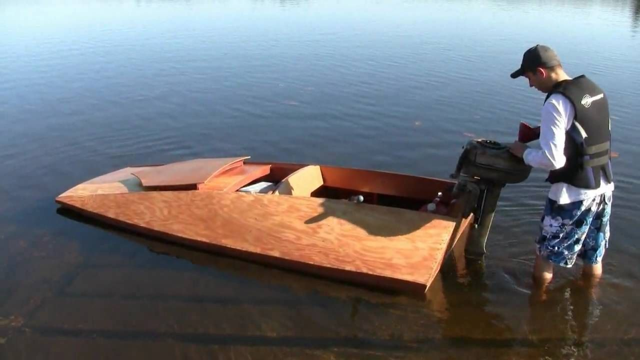 I like the design of this boat | Boats | Hull boat, Boat ...
