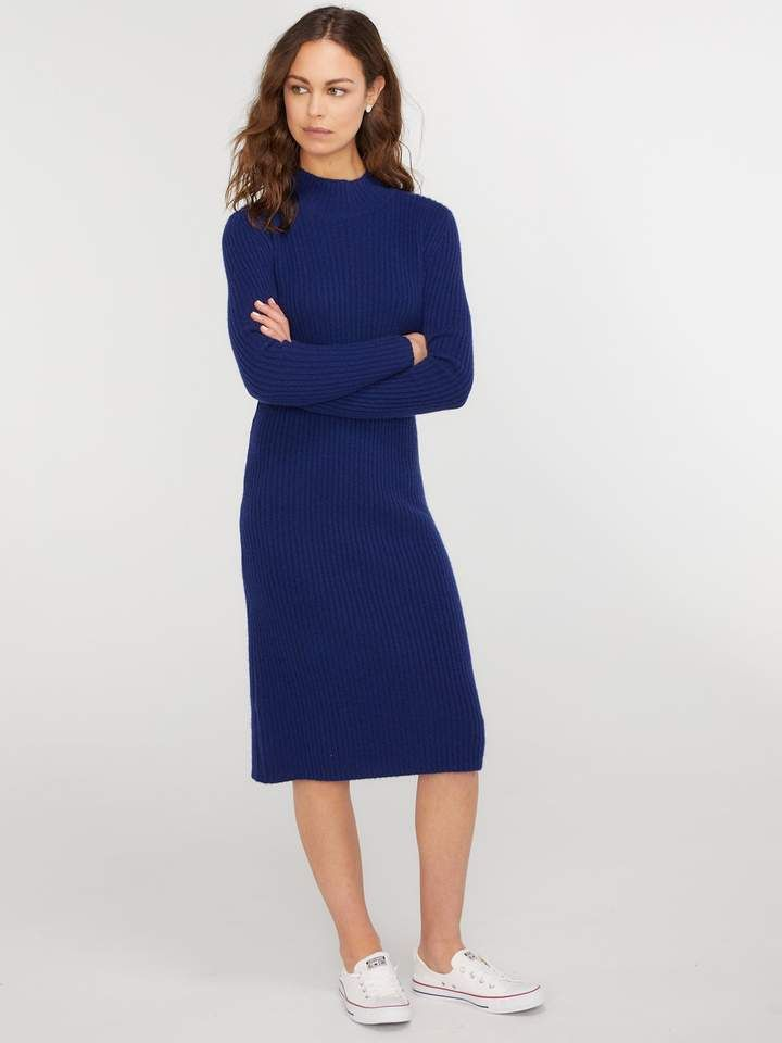 b1592953ad3 A long sweater dress is a necessity during the cold winter months
