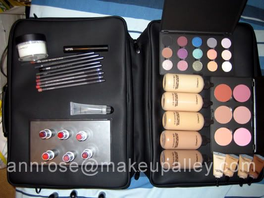 MAC Pro Student Color and Tool Kit pictures